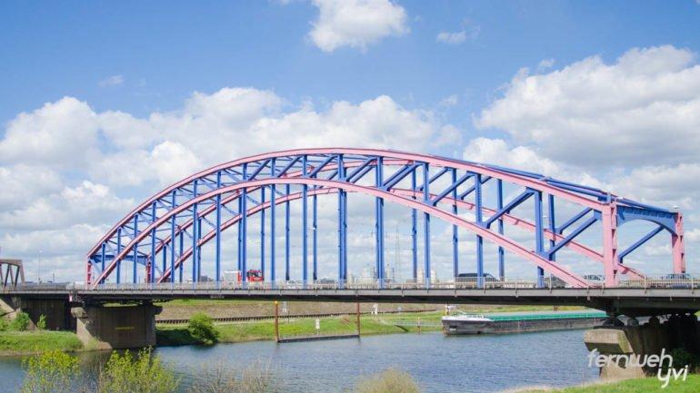 Ein Stück Köln im Ruhrgebiet - die Karl-Lehr-Brücke