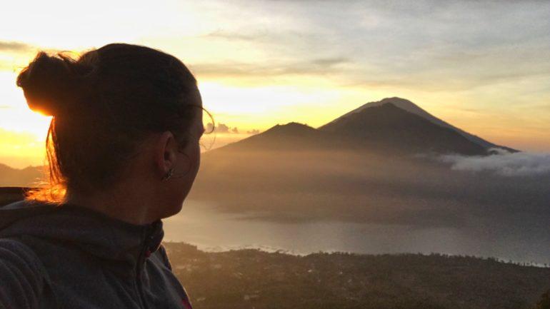 Die Aussicht vom Gipfel des Mt. Baturs ist überwältigend