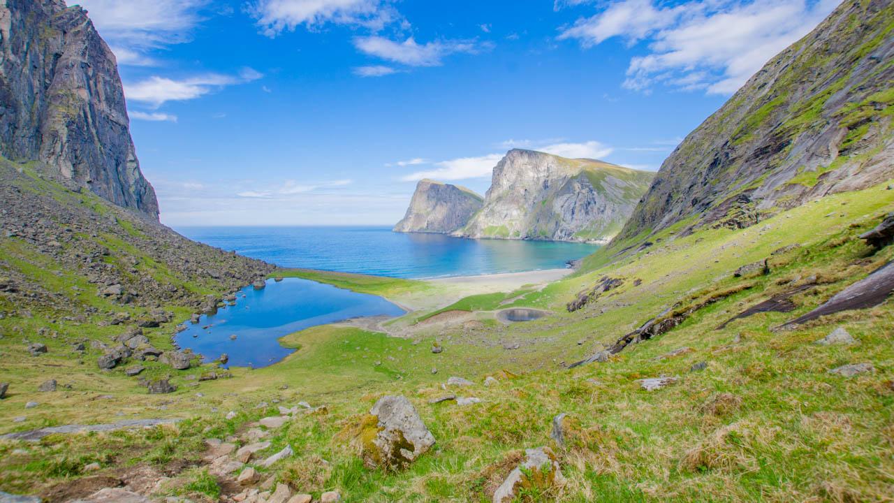Norwegen-Kvalvika-Wandern